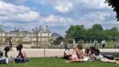 In Paris s-a deschis joi 31 august primul parc de nudisti