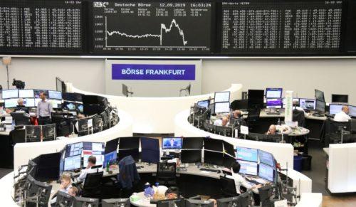Bursele europene au închis ziua pe roșu. Disney+ atrage 10 mil abonați în prima zi de la lansare