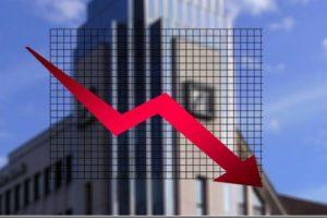 Raport Unicredit Bank: creșterea economică va încetini până la 3,7% în 2018 şi la 3,3% anul viitor, pe fondul înăspririicondițiilor financiare