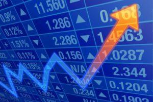 Investiția pe termen lung în acțiuni aduce randamente mai bune decât plasamentele în depozite clasice