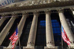 piata financiară 2021